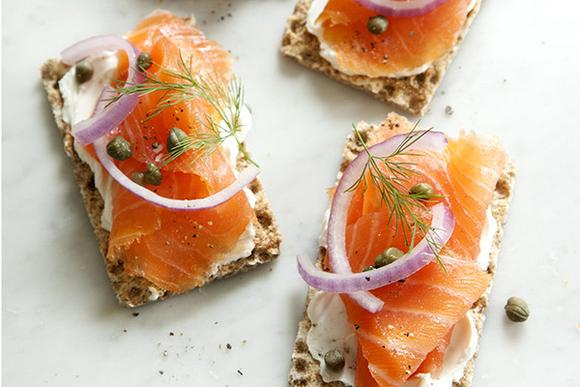 10 Quick and Easy Ways to Serve Smoked Salmon